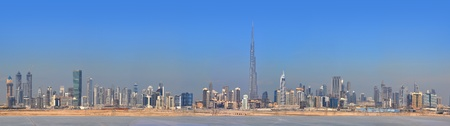 the emirates: Panorama de Dubai. Centro de la ciudad, los rascacielos de Sheikh Zayed Road. Emiratos �rabes Unidos