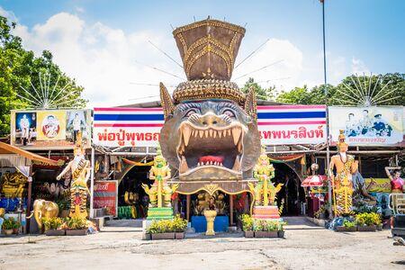 Pattaya, Thailand - May 19, 2019: temple Yantra tattoo or Sak Yant, Thai sacred tattoo. Thailand. Redactioneel