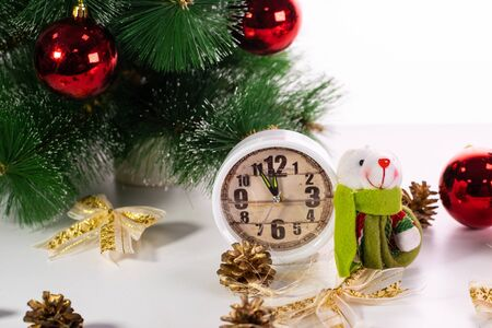 Happy new year 2020. Christmas composition with artificial rat, symbol of the year. Toy Rat near a Christmas tree, gift boxes and watches Stockfoto