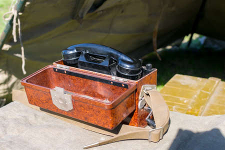 old military wired phone
