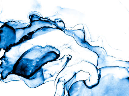 Abstract Blue and White Wallpaper. Liquid Banner. Azure Alcohol Ink. Wallpaper Hand-painted Azure Invitation. Artistic Sea Illustration. Grunge Drawing. 免版税图像