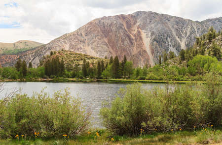 mammoth lakes: Lake at Mammoth Lakes area, Inyo National Forest Park, California
