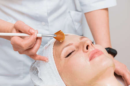 Procedure with an enzyme mask in modern cosmetology.