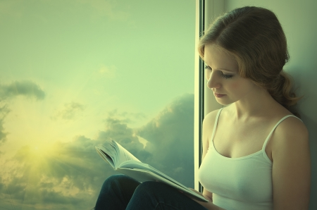 woman reading: beautiful young woman reading a book