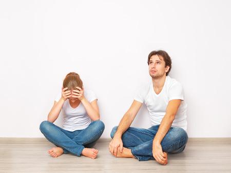 strife: crisi della famiglia, il conflitto, la lotta, la discordia. moglie era arrabbiata con il marito Archivio Fotografico