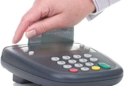 hand business card: Swipe cliente sulla carta di credito ATM macchina su sfondo bianco  Archivio Fotografico