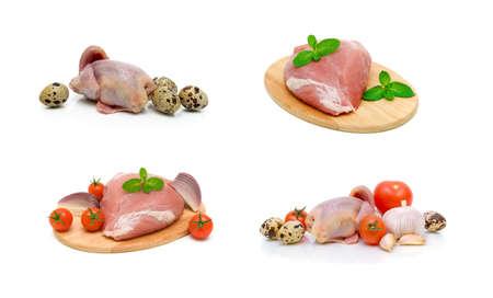 Schweinefleisch, Kadaver Wachteln und Gemüse auf weißem