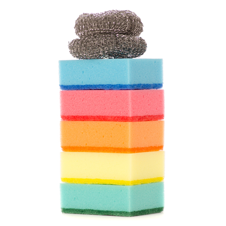 Kitchen tools for cleaning, sponge for washing dishes metal brush on white background isolation Standard-Bild