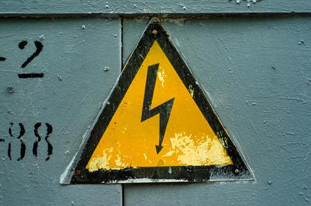 Elektrisch teken symbool energie-industrie gevaar risico