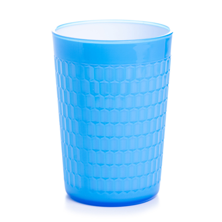 Blue plastic cup on white background isolation Banque d'images