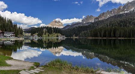 lago: Lago di Misurina & Tre Cime di Lavaredo Peaks