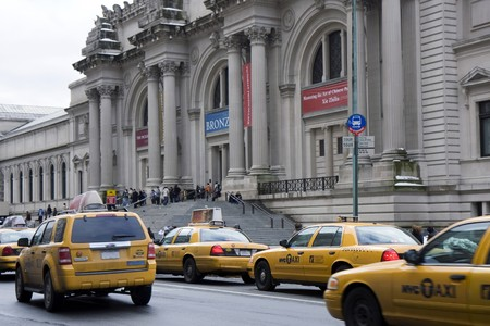 Taxi cars in front of the Metropolitan Museum in New York Stock Photo