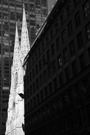 St. Patrick Cathedral between modern buildings in Manhattan, New york Stock Photo - 7964829