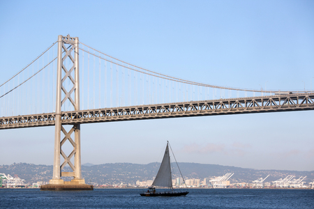 oakland: View of San Francisco with the Oakland Bay Bridge