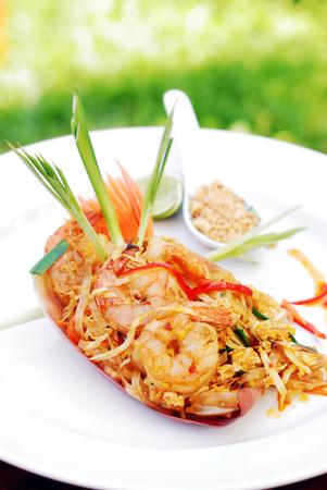 padthai: Pad thai with shrimp, popular Thai style noodle, selective focus