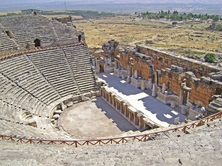 amphitheater: Hierapolis amphitheater