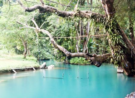 blue lagoon: Blue Lagoon in Vang Vieng, Laos Archivio Fotografico
