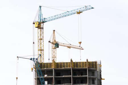 Construction of monolithic multi-storey, multi-family homes photo
