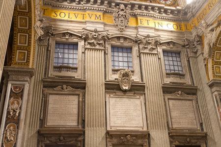 ciudad del vaticano: Dentro de St Peter s Basilica, Ciudad del Vaticano