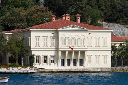 strait: Building in Bosphorus Strait, Istanbul