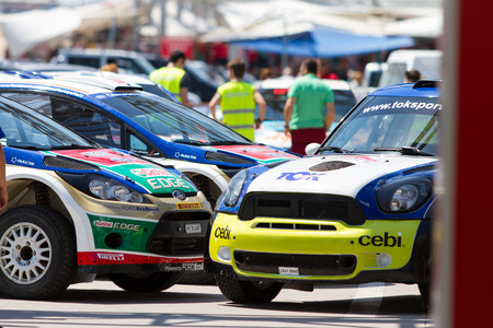 ralli: ISTANBUL, TURKEY - JULY 12, 2014: Rally cars before start of 35. Istanbul Rally