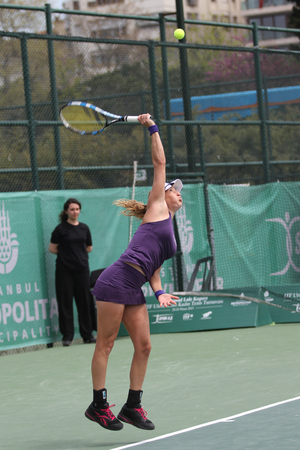 peer to peer: ISTANBUL, TURKEY - APRIL 25, 2015: Israeli player Shahar Peer in action during Semi Final match against Estonian player Anett Kontaveit in 2015 Istanbul Lale Cup