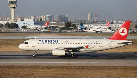 thy: ISTANBUL, TURKEY - JULY 09, 2015: Turkish Airlines Airbus A320-232 (CN 3719) takes off from Istanbul Ataturk Airport. THY is the flag carrier of Turkey with 284 fleet size and 275 destinations