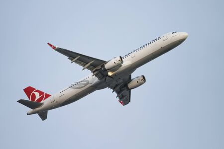 thy: ISTANBUL, TURKEY - NOVEMBER 21, 2015: Turkish Airlines Airbus A321-231 (CN 6508) takes off from Istanbul Ataturk Airport. THY is the flag carrier of Turkey with 299 fleet size and 280 destinations