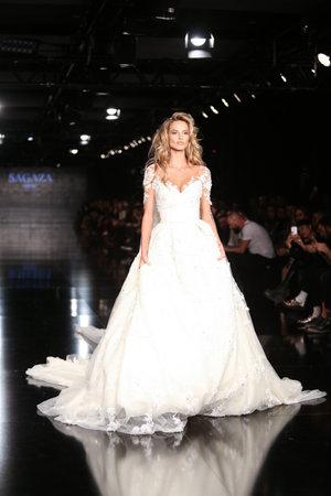 victorias secret show: ISTANBUL, TURKEY - JANUARY 14, 2016: Model Michela Kocianova showcases one of the latest creations of Sagaza Madrid, Profundo Del Mar collection during Fashionist Fair. Editorial