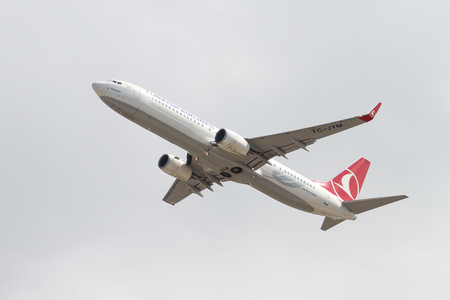 ataturk: ISTANBUL, TURKEY - OCTOBER 08, 2016: Pegasus Airlines Boeing 737-9F2ER (CN 42011) takes off from Istanbul Ataturk Airport. Pegasus Airlines has 77 fleet size and more than 102 destinations Editorial