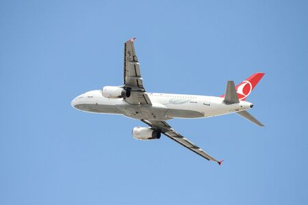 thy: ISTANBUL, TURKEY - OCTOBER 08, 2016: Turkish Airlines Airbus A320-232 (CN 3208) takes off from Istanbul Ataturk Airport. THY is the flag carrier of Turkey with 334 fleet size and 292 destinations
