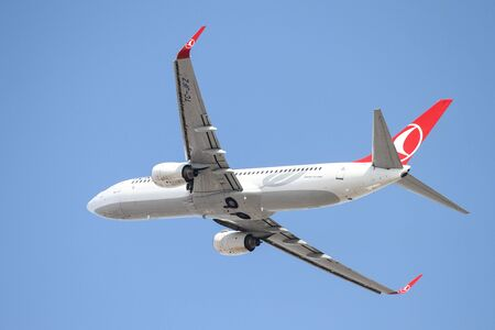 thy: ISTANBUL, TURKEY - OCTOBER 08, 2016: Turkish Airlines Boeing 737-8F2 (CN 29784) takes off from Istanbul Ataturk Airport. THY is the flag carrier of Turkey with 334 fleet size and 292 destinations
