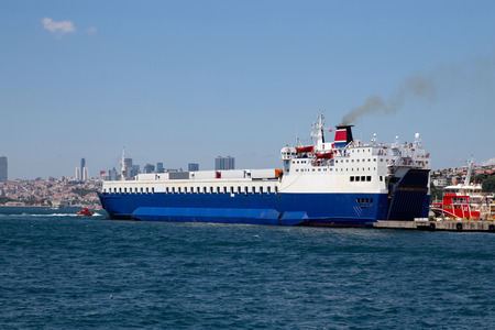 Roro Ship is loading in a Port Redactioneel