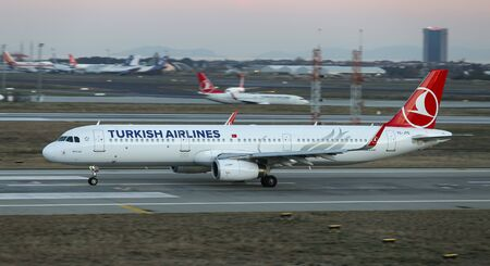 ISTANBUL, TURKEY - DECEMBER 08, 2018: Turkish Airlines Airbus A321-231 (CN 6990) takes off from Istanbul Ataturk Airport. THY is the flag carrier of Turkey with 330 fleet size and 304 destinations Sajtókép