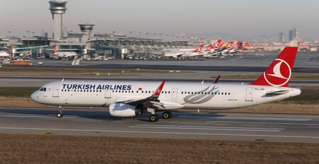 ISTANBUL, TURKEY - DECEMBER 08, 2018: Turkish Airlines Airbus A321-231 (CN 6657) takes off from Istanbul Ataturk Airport. THY is the flag carrier of Turkey with 330 fleet size and 304 destinations Sajtókép