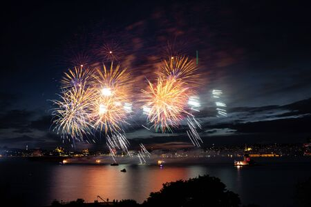 Fireworks over Bosphorus Strait, Istanbul City, Turkey Banque d'images