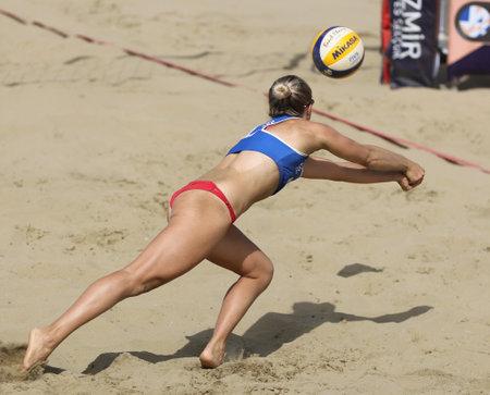 IZMIR, TURKEY - SEPTEMBER 26, 2020: Undefined athlete of Russian team during quarter final match of U22 Beach Volleyball European Championships in Selcuk Pamucak Beach. Redakční