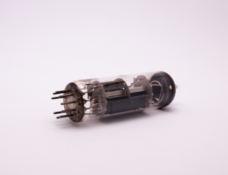 transistor: transistor � bulbe