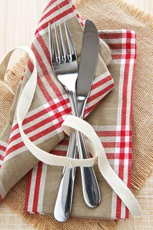 Mes en vork met servet Stockfoto