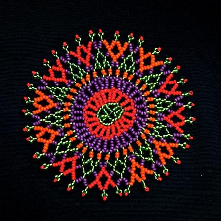 Kleurrijke kralen in Afrika ontwerp patroon