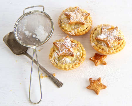 mince: Baking Christmas Mince Pies
