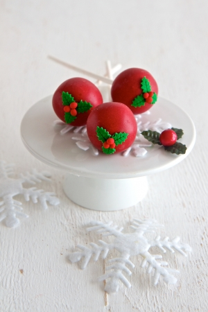 cake pops: Red Christmas Cake Pops