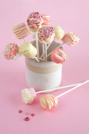 Marshmallow and Chocolate Pops for Valentines day Standard-Bild