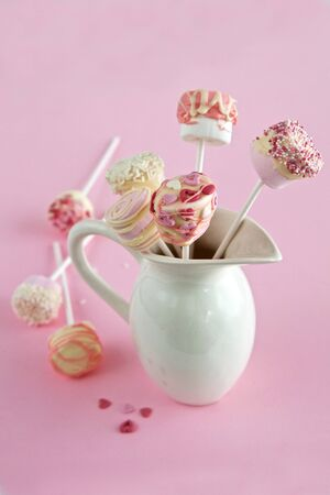 Marshmallow and Chocolate pops for Valentines Day