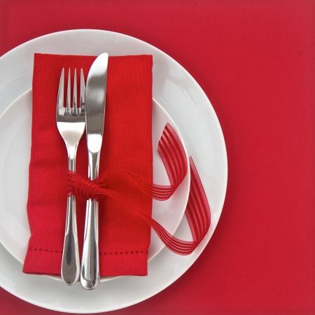 Mes en Vork met rode tafel instelling voor Valentijnsdag