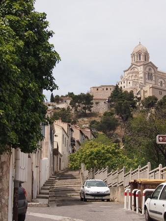 garde: Marseille Notre Dame de la Garde from quiet alleyway