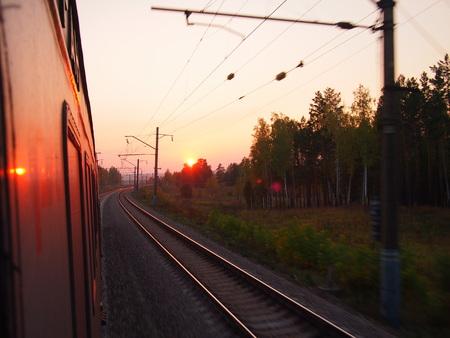 ウラジオに Trans シベリアの鉄道の夕日