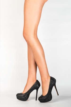 depilacion: IPL - depilación - mujer con tacones altos