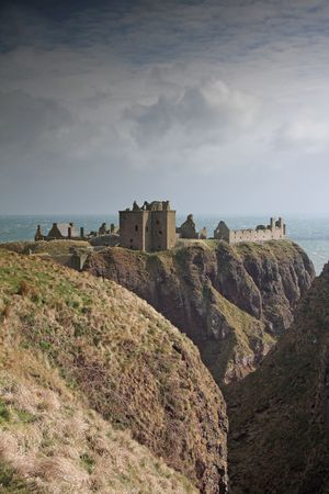 dunnottar castle: The ruins of Dunnottar Castle, Stonehaven, Scotland