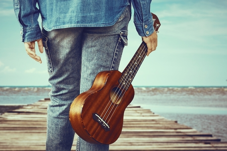 Αποτέλεσμα εικόνας για ukulele in sea
